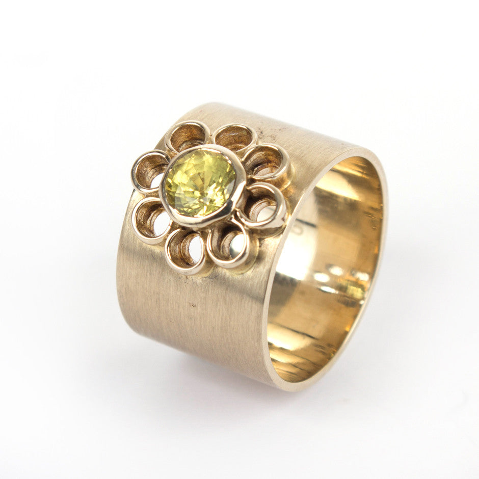 Ahalya Gold Yellow Sapphire Ring 0208080003A1 - Cover View