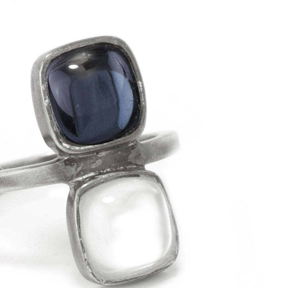 Ahalya Silver White Quartz/Mop & White Quartz/Hematite Ring 14_2390 - Closeup