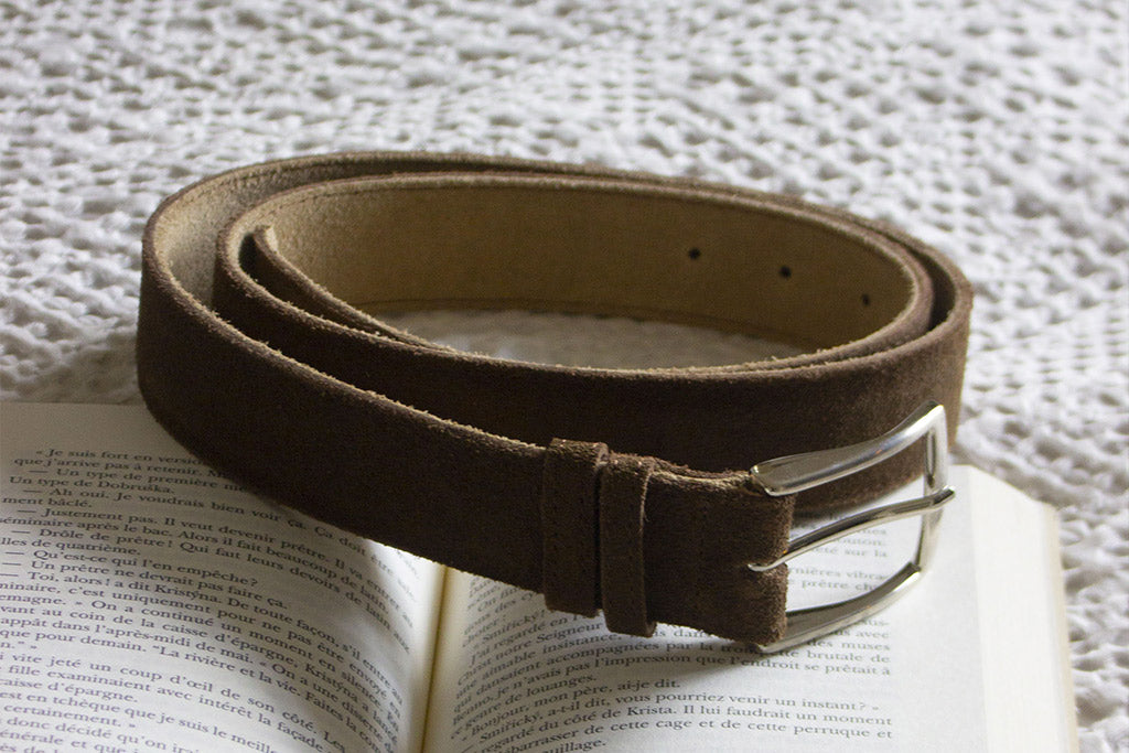 Ceinture nubuck ~sectionMonth~ Octobre 2019 ~sectionEdition~ Édition #36 ~sectionText~ Port obligatoire
