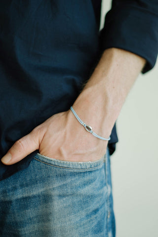 Men's bracelet with silver shell charm