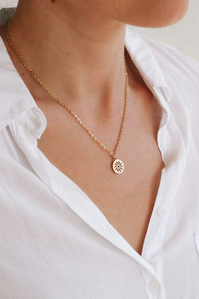 Gold tone circle sun necklace for women, stainless steel chain necklace