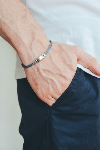 Gray bracelet for men with silver square bead - shani-adi-jewerly