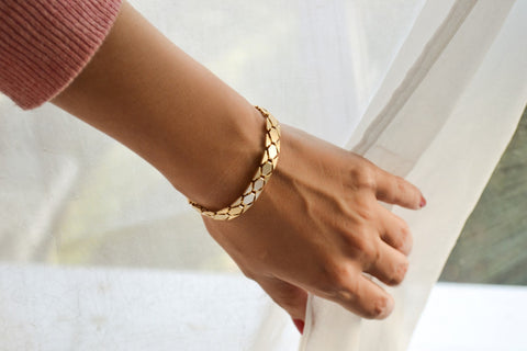 Gold chunky bracelet for women - shani-adi-jewerly