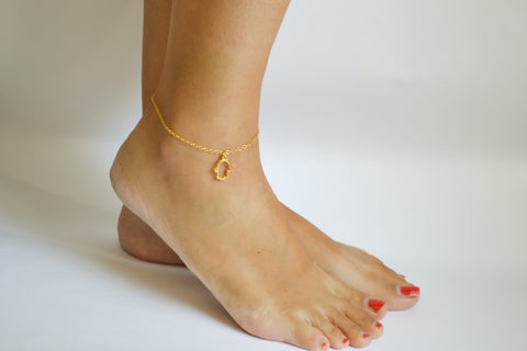 Hamsa anklet, dainty gold ankle bracelet with Hamsa charm, for her, minimalist jewelry, lucky charm, spiritual jewelry, gift for girlfriend
