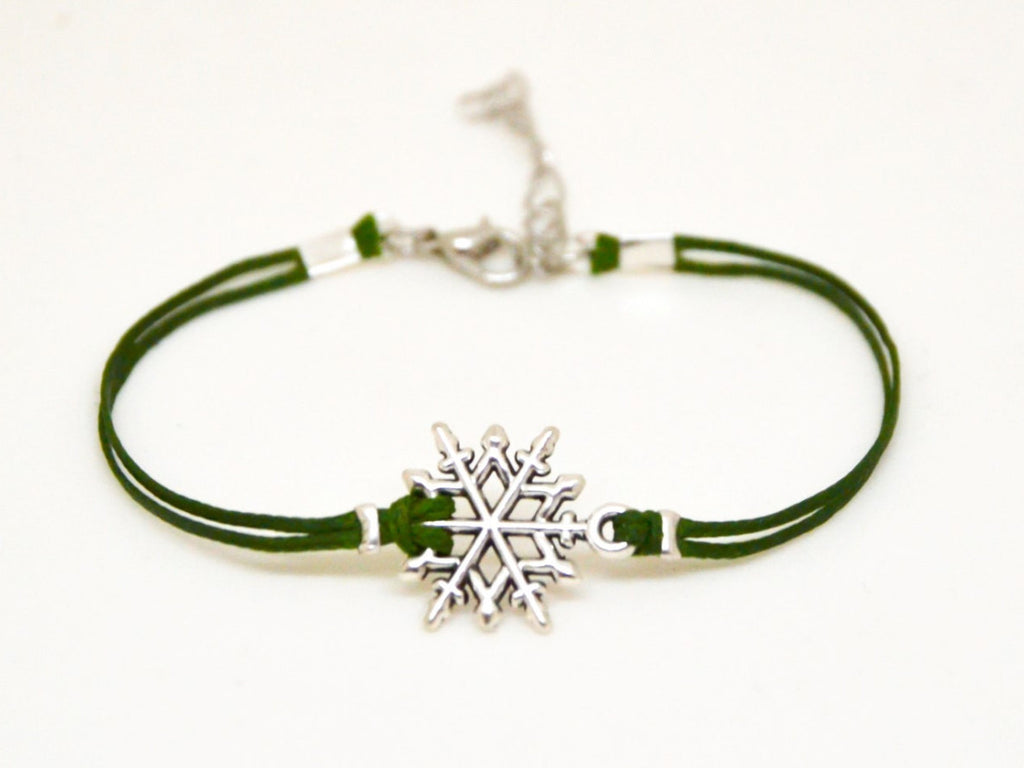 Women's bracelet, snowflake bracelet, bracelet with silver snow flake charm, green cord, valentine gift for her, winter jewelry, for sister