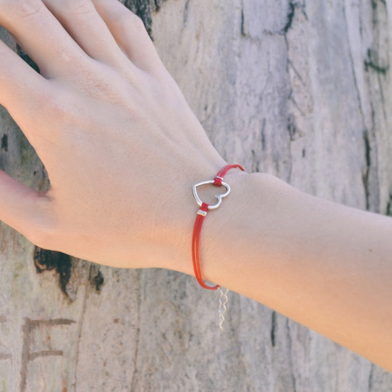 Heart bracelet, red bracelet with silver heart charm, love bracelet, minimalist jewelry, gift for girlfriend, anniversary gift for wife