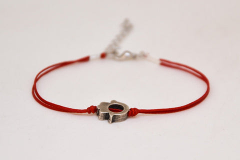 Hamsa bracelet, women's bracelet with silver Hamsa charm bead, red bracelet, hand bracelet, protection from evil eye, gift for girlfriend