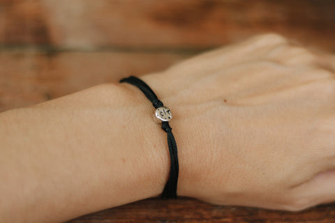One kid bracelet, black bracelet with silver plated child bead, mom jewelry, mothers day gift, personalised