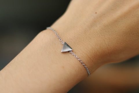 Triangle bracelet, waterproof silver chain bracelet, tiny triangle bead charm bracelet