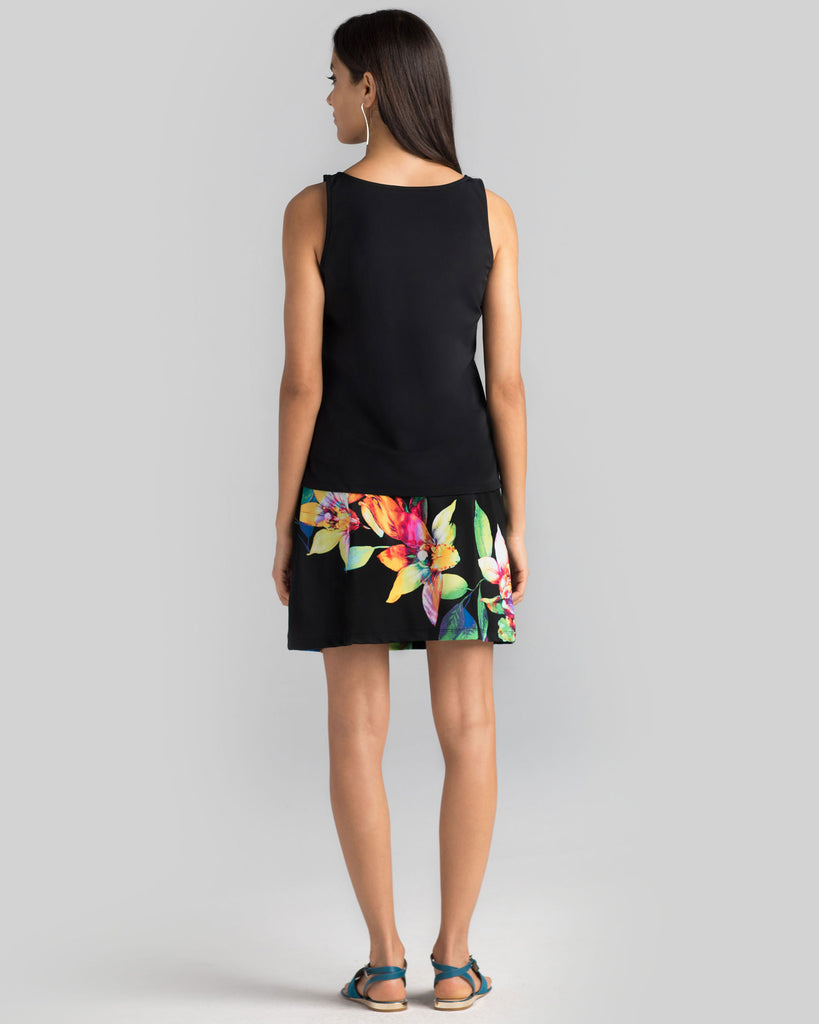 Bali Skort in Black Tropical