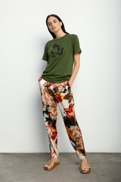 Fairfax T-Shirt in Olive + Ivory Bouquet Silk Charmeuse Pant