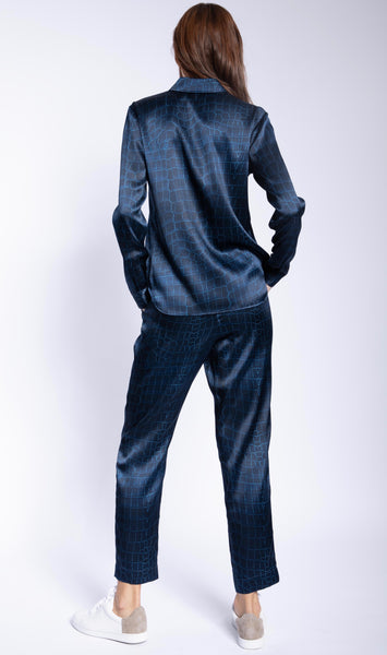 Signature Slim Stretch Silk Shirt + Navy Croc