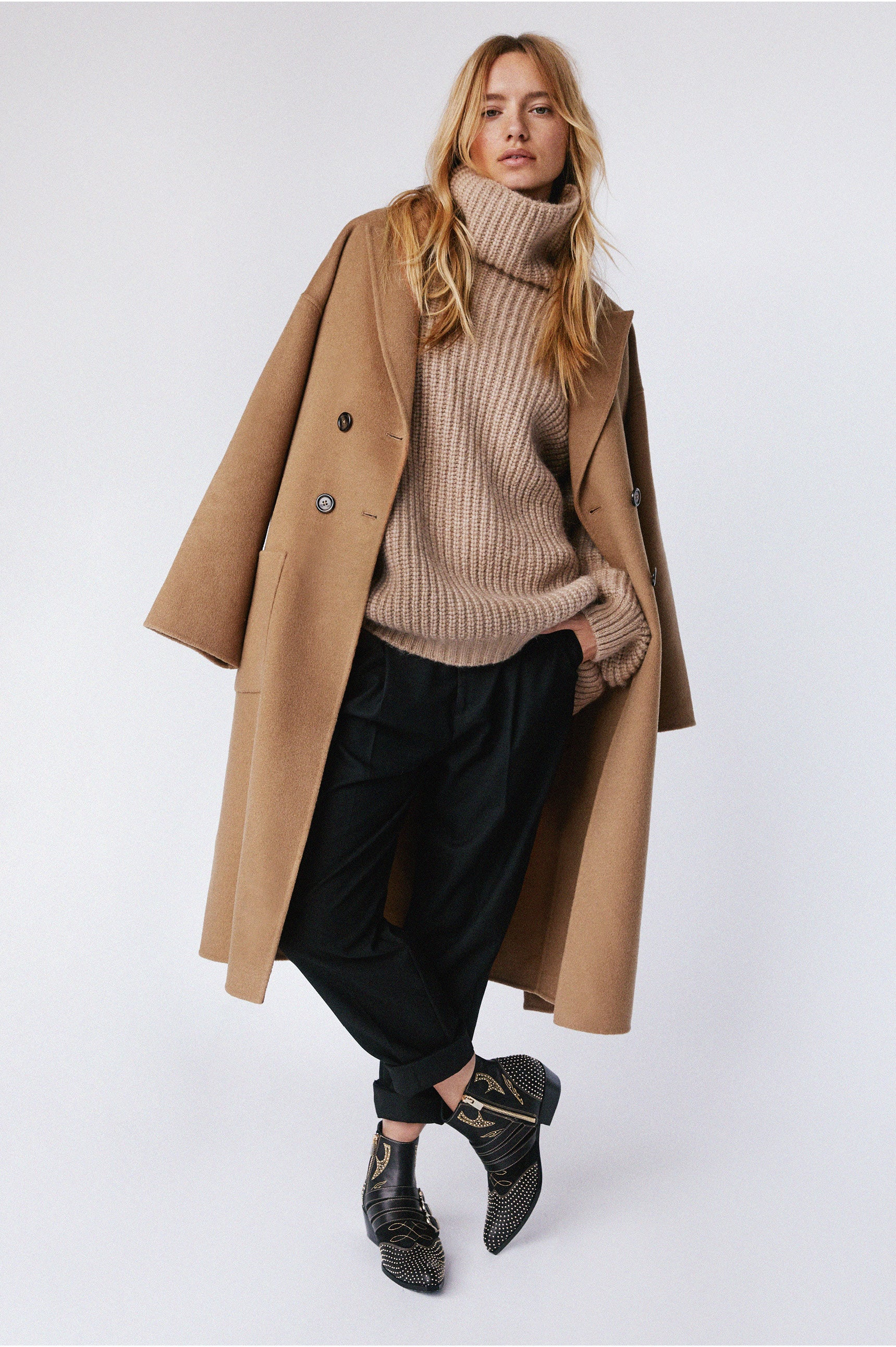 "<p><a href=""/products/dylan-coat-camel"" title=""Dylan Coat - Camel"">DYLAN COAT</a> 