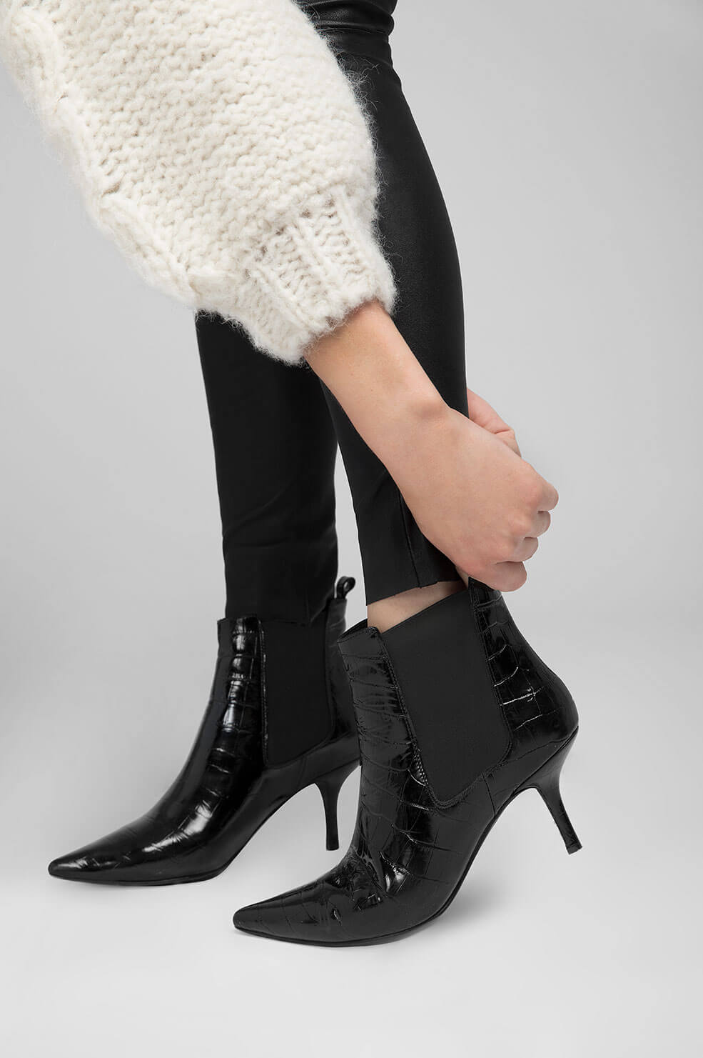 ANINE BING STEVIE BOOT - BLACK CROCO