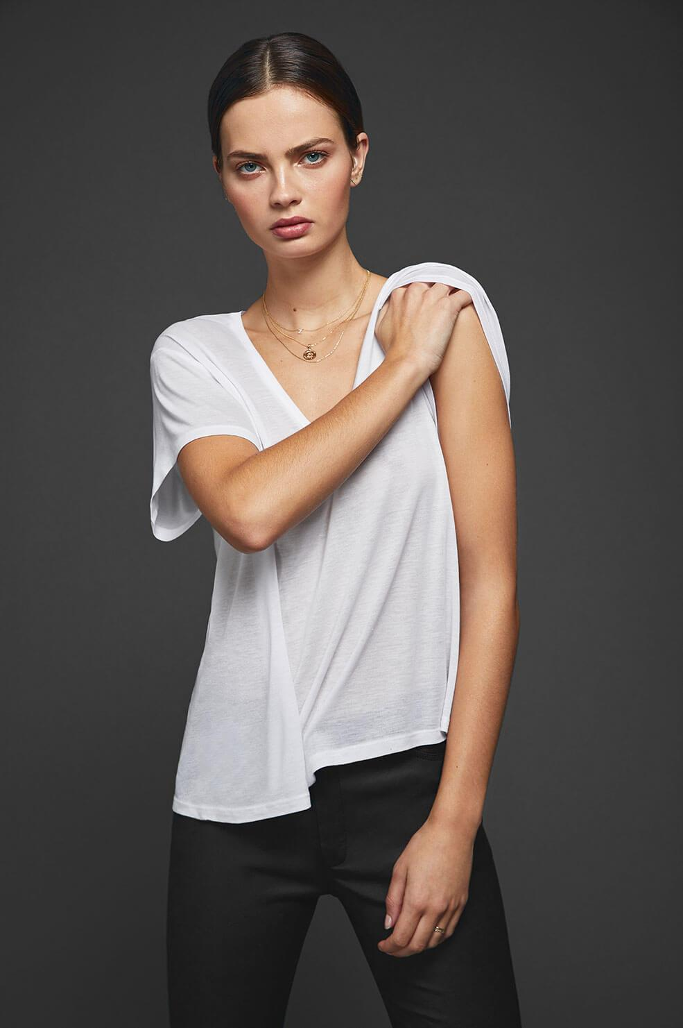 ANINE BING Deep V-neck T-shirt - White
