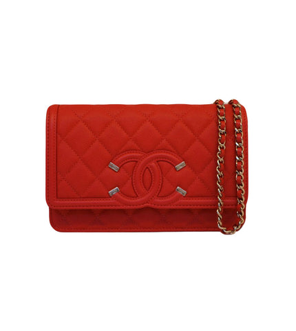 QUILTED CAVIAR LEATHER FILIGREE WALLET ON CHAIN