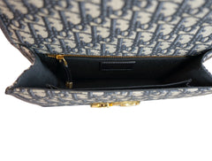 OBLIQUE 30 MONTAIGNE SHOULDER BAG