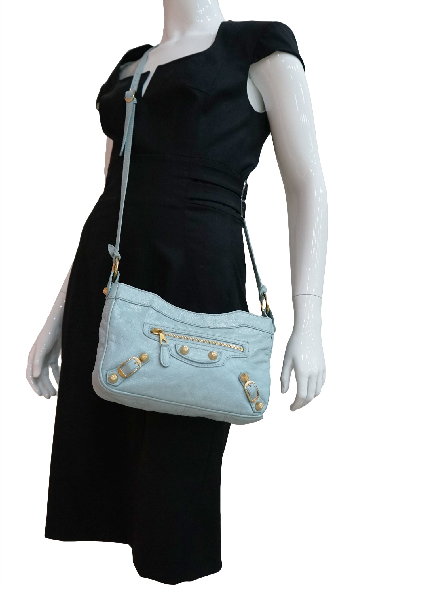 CLASSIC HIP LEATHER CROSSBODY BAG