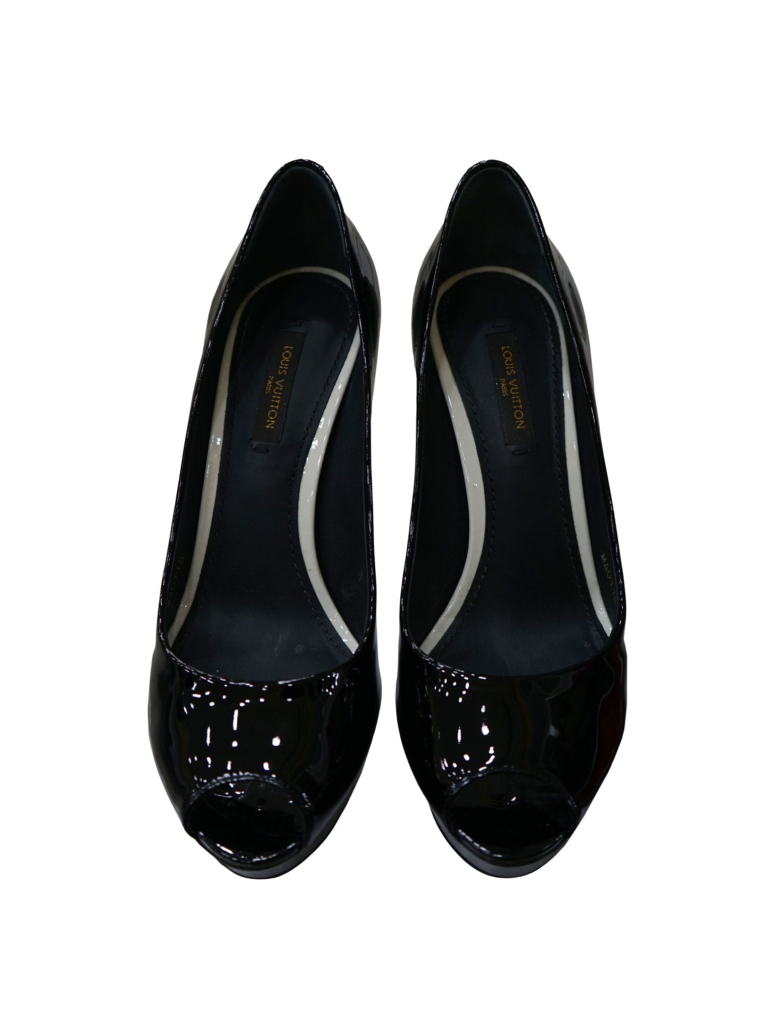 BLACK PATENT LEATHER EYELINE PEEP TOE