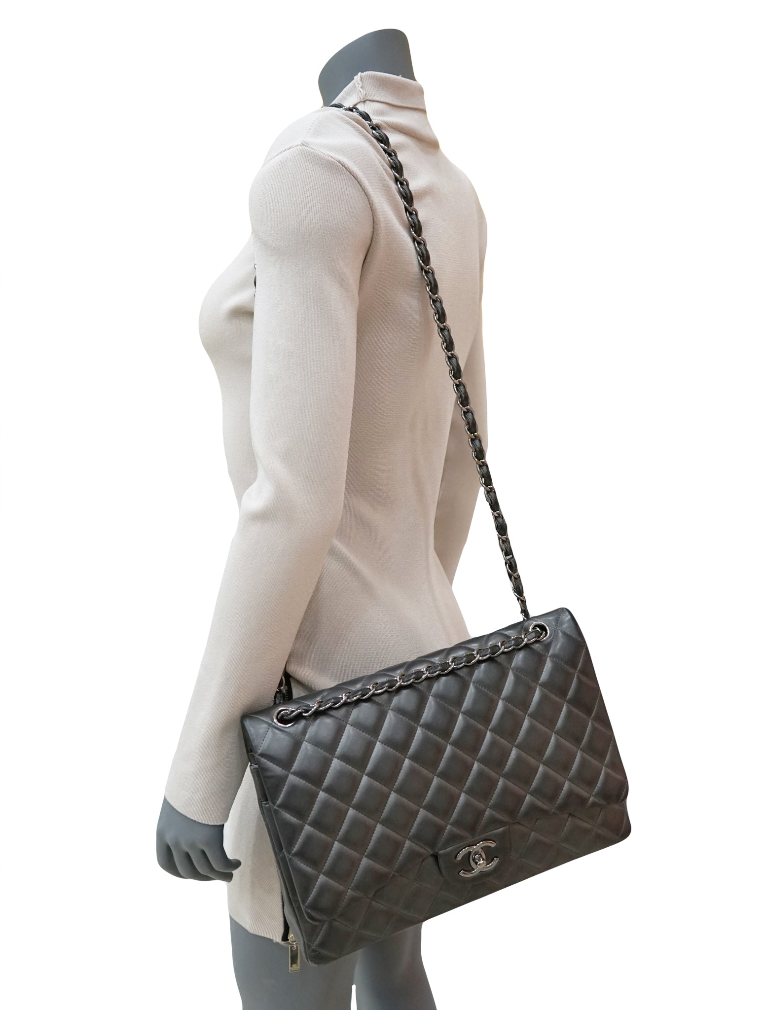 QUILTED LEATHER CLASSIC DOUBLE  FLAP BAG
