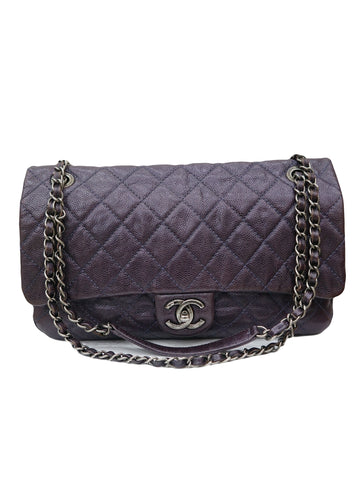 CLASSIC EASY FLAP QUILTED CAVIAR SHOULDER BAG