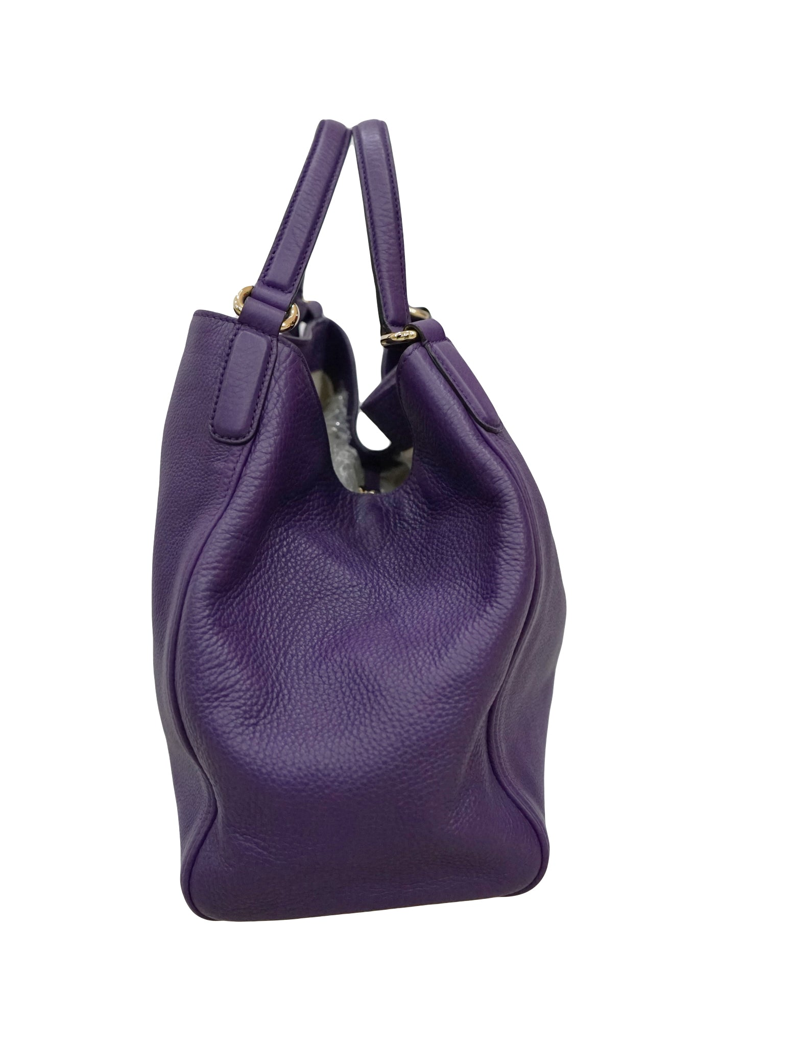 PEBBLED LEATHER MEDIUM SOHO HOBO BAG