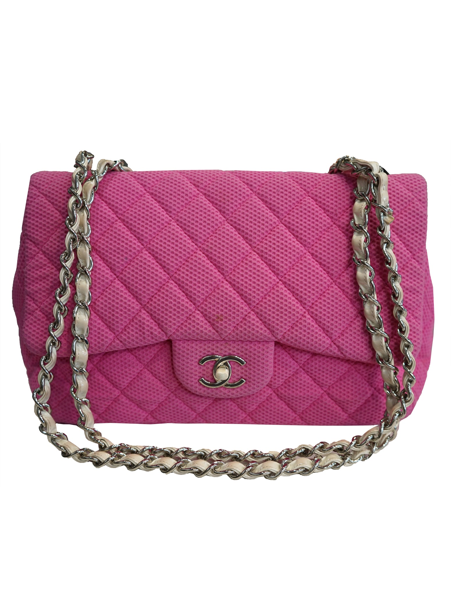 2a46c7384607 RE-LOVED LADIES DESIGNERS CHANEL QUILTED FABRIC FLAP BAG ...