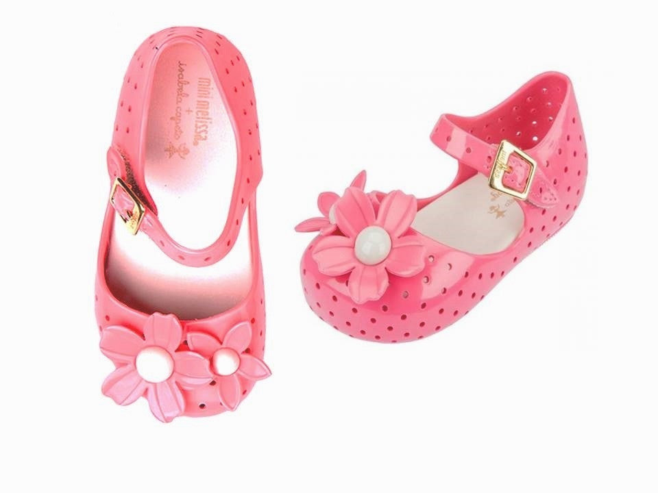 JELLY WITH FLOWER SHOES