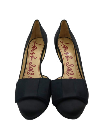 BLACK SATIN BOW ACCENTED PUMPS