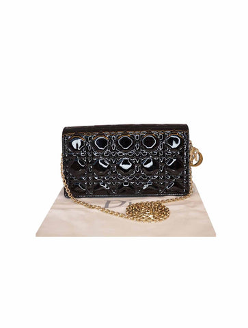 BLACK PATENT LEATHER CANNAGE CALFSKIN LEATHER CLUTCH ON CHAIN