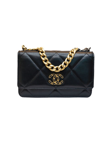 CHANEL 19 BLACK QUILTED CALFSKIN WALLET ON CHAIN