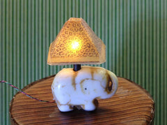 1:24 scale elephant lamp