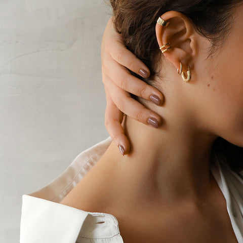 Jane Gold Earcuff