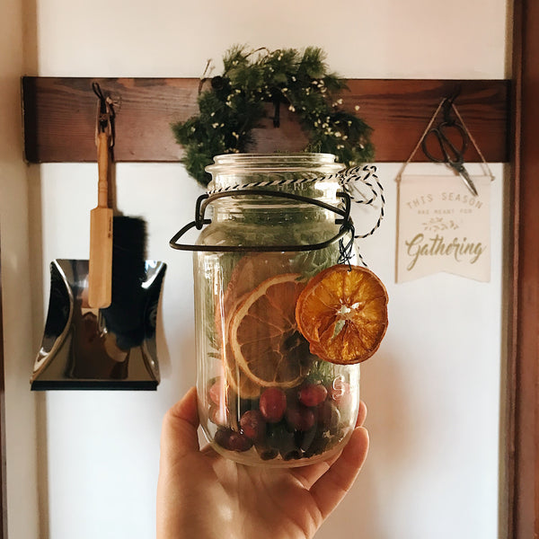 Last Minute Gifts in Mason Jar Ideas for Caregivers