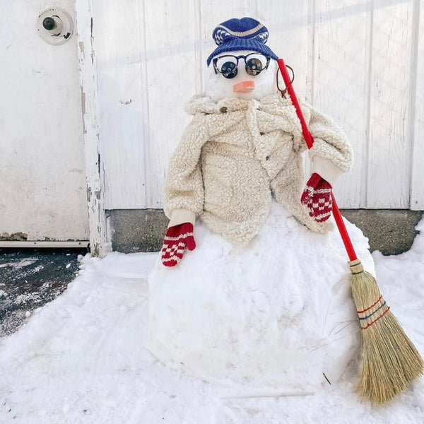 Best Dressed Snowman Contest