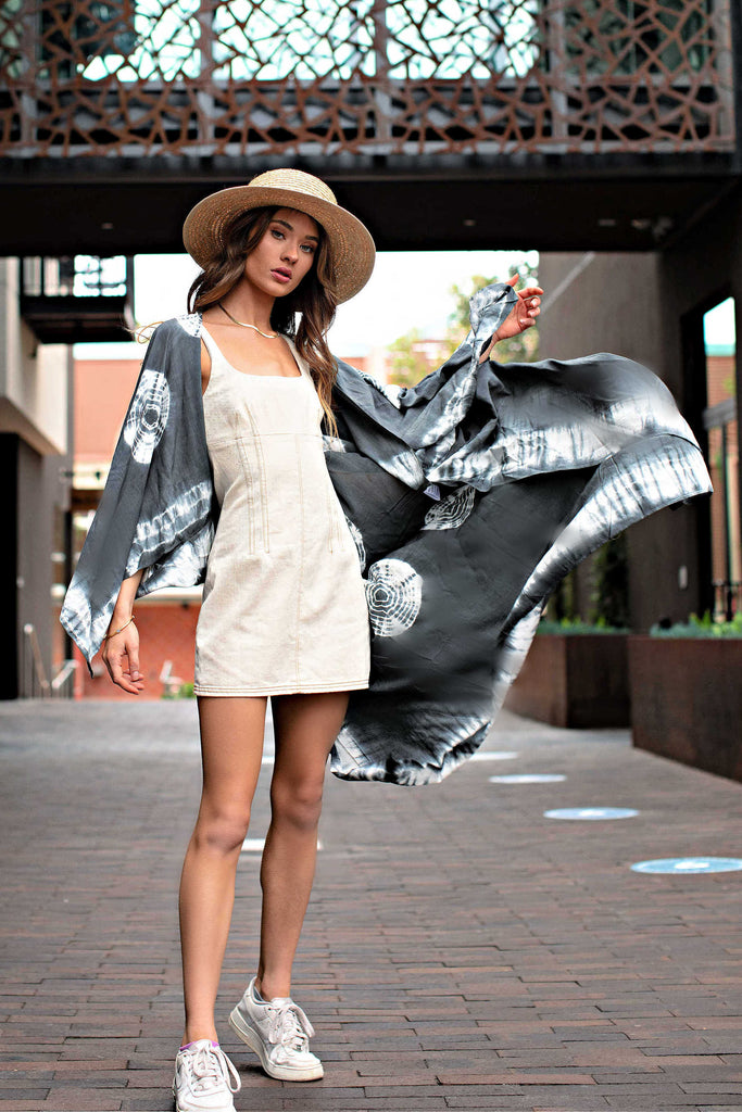 """AS SEEN ON MICHELLE from VB!"" Puerto Rico Charcoal Tie Dye Kimono"