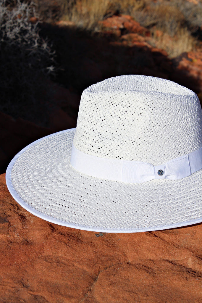 The Palm Desert Straw Panama in White