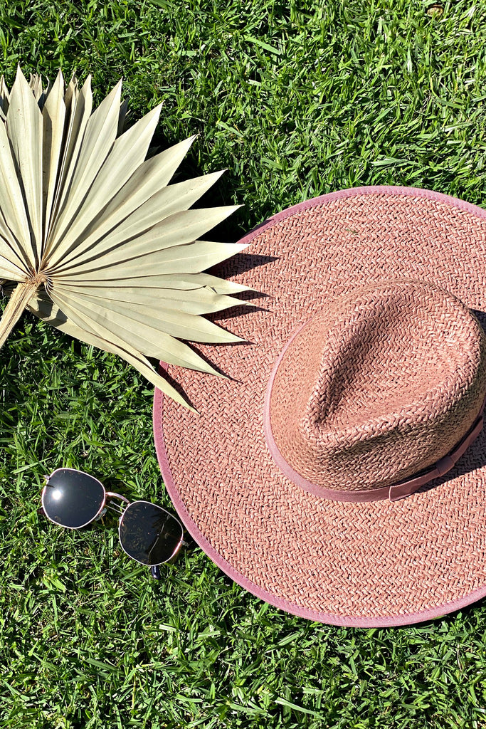 The Palm Desert Straw Panama in Rose