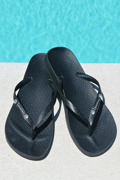 In Stock!! AS SEEN ON MICHELLE from VB! Swarovski Crystal Ipanema Flip Flop