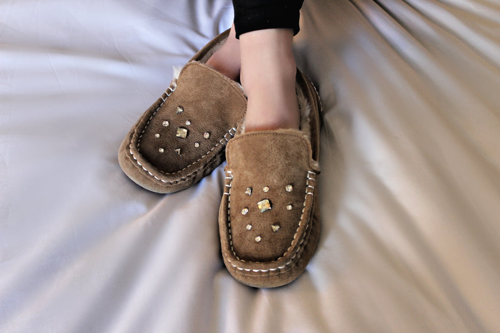CLEARANCE!  Stella Suede & Sheepskin Moccasin