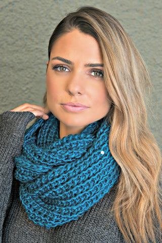 Cable Knit Infinity Scarf in Dark Teal - Glitzy Bella