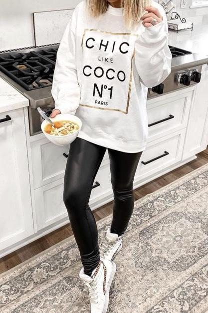 """CHIC LIKE COCO"" Sweatshirt"