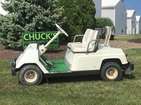 Yamaha G1  Two  Passenger 2 Stroke Gas   Golf Cart