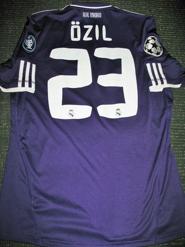 Ozil Real Madrid 2010 2011 UEFA Purple Jersey Camiseta Shirt M - foreversoccerjerseys