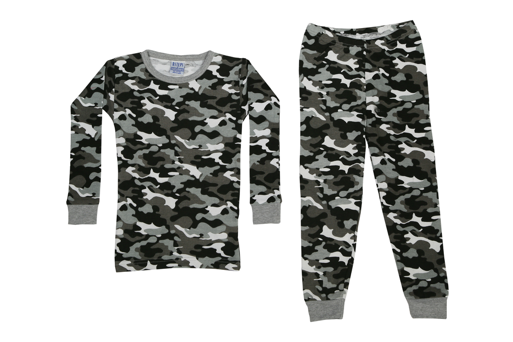 Boys Thermal 2 piece set - Black Camo