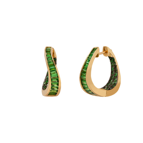Talay Wave Twist Tsavorite Hoop Earrings  - Kavant & Sharart  - Earrings | Broken English Jewelry
