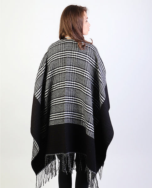 Check Pattern Cape - Chaddors