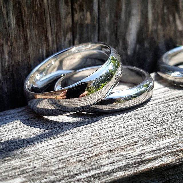 SilverChunk Rounded Sterling Silver Band
