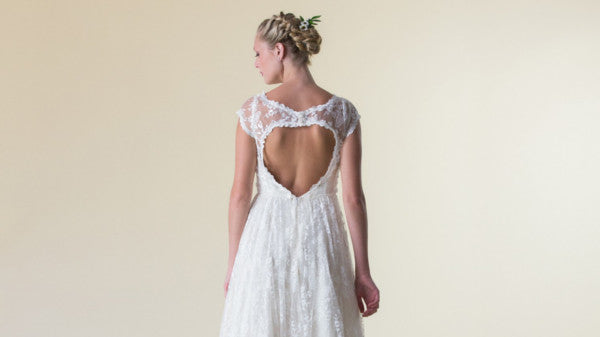 The Best Wedding Dresses for a HOT wedding