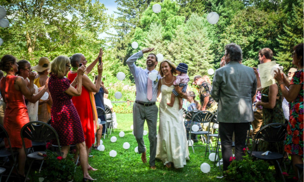 Real Wedding: Aaron, Elizabeth & Jane (her eco & ethical wedding dress)